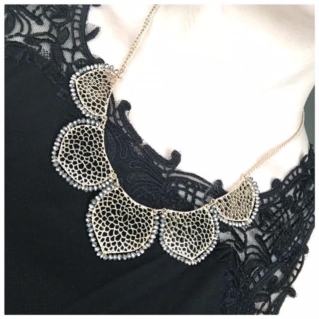 sf necklace